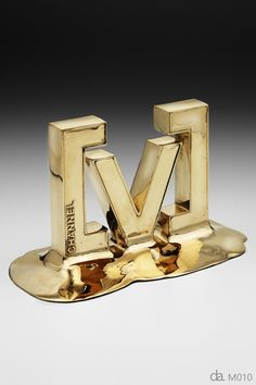 Channel V-Oz Artist Award. Custom metal, gold finish H: 200mm W: 220mm. Designed and made in Australia by Design Awards