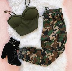 Which Outfit 1 – Via . Really Cute Outfits, Cute Lazy Outfits, Teenage Outfits, Cute Swag Outfits, Girls Fashion Clothes, Teen Fashion Outfits, Retro Outfits, Baddie Outfits Casual, Stylish Outfits