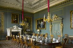 Room inspired by Downton Abbey. Curated by Trina McNeilly of La La Lovely. Wilton House from Museyon Guides.