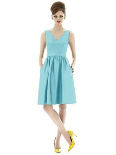 Alfred Sung Style D640 http://www.dessy.com/dresses/bridesmaid/d640/?color=Coastal&colorid=1252#.UrtCjVVOkuo
