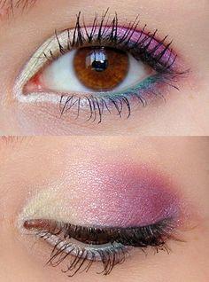 Olhem que LINDO esse mix de azul, rosa e pérola! Dica boa para as maquiagens das festas de final de ano!!!     Quem vai copiar? :D     #dicabottero