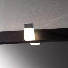 http://www.tiendainicia.com/16-Iluminacion-de-Bano?gclid=CKCvivnwkMQCFUHItAodxmgAAA