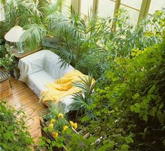 Sunroom /Terence Conran's Decorating with Plants. Susan Conder © 1986