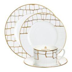 Dinnerware Sets, China Dinnerware, Coffee Candle, Elegant Dining, Dish Sets, Dinner Sets, Swarovski Crystals, Decorative Plates, Ceramics