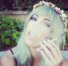 Vape clouds | Swarovski Crystal Vape Pen | Bling Vape | The Crystal Cult