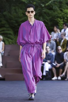 Issey Miyake Men Menswear Spring Summer 2016 Paris - NOWFASHION