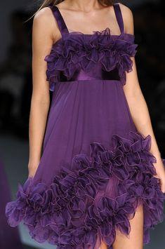 whatchathinkaboutthat: Elie Saab Spring 2009 Womenswear Details