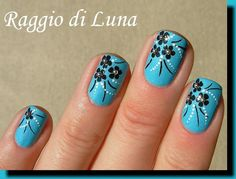 Raggio di Luna Nails: Black little flowers on Serene