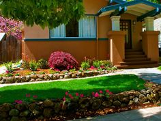 Beautiful simple landscaping ideas for small yards on a budget