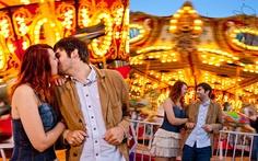 State Fair Couples Photos, Carousel Photos, Merry-go-Round photos