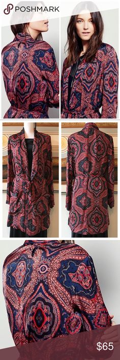 Free People Sensual Paisley Duster Robe Sz M Super slinky, silky,'70s inspired duster by Free People! Features an exploded paisley pattern in rich shades of coral & blue; 2 patch pockets; waist tie; blue contrast piping.100% viscose. Size medium. Great pre-loved condition w/no flaws to note. Perfect over a tee & skinny jeans or as a robe or pool cover up. Exudes serious SWANK!    Retro swanky boho bohemian vintage festival funky sultry beach vacation cruise party hippy psychedelic Free…