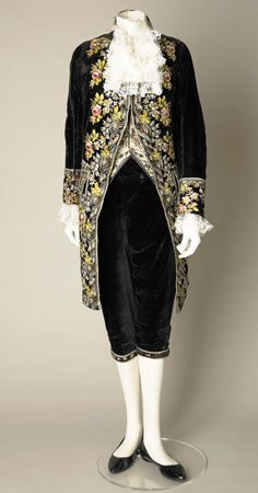 Man's embroidered silk velvet court suit, probably English, about 1790-1810.