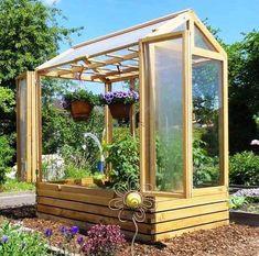 Tomatenhaus Gewächshaus garden shed diy Home Greenhouse, Small Greenhouse, Greenhouse Ideas, Greenhouse Vegetables, Vegetable Garden Design, Garden Care, Raised Garden Beds, Garden Benches, Back Gardens