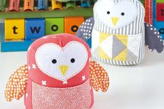 Free owl sewing pattern Owl Sewing Patterns, Quilt Patterns Free, Bear Patterns, Animal Patterns, Doll Patterns, Sewing Toys, Sewing Crafts, Sewing Projects, Fabric Crafts