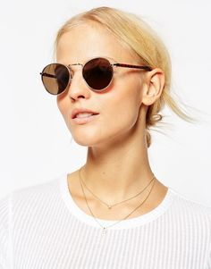 Bild 3 von ASOS – Kleine Metallsonnenbrille im Stil der 70er mit flachen, runden Gläsern