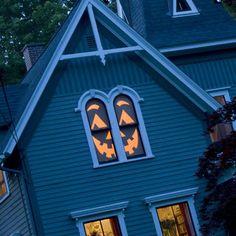 Zucca-lanterna copri finestra