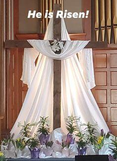 Easter Altar Decorations, Easter Vigil, Alter Decor, Altar Design, Altar Flowers, Church Stage, Christian Decor, Easter 2021, Funeral Flowers