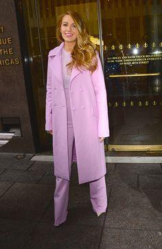 В костюме от Cushine et Ochs и туфлях от Sophia Webster, Нью-Йорк апрель 2015