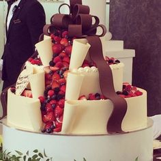 A unique approach to a fruit filled wedding cake! Red Velvet Wedding Cake, Fall Wedding Cakes, Wedding Ideas, Rustic Wedding, Beautiful Cakes, Amazing Cakes, Candy Drinks, Dessert Recipes, Desserts