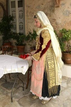 ime i mama sas — Traditional clothing from Pylaia, Thessaloniki,. Greek Traditional Dress, Traditional Outfits, Folk Clothing, Folk Costume, Wedding Gowns, Greek Costumes, Culture, Thessaloniki, Happy Holidays
