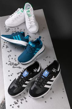 wholesale dealer a6b52 63d95 Nicht nur für den Sportplatz geeignet - die neuen Sneakers von Adidas.   modeundmenschen