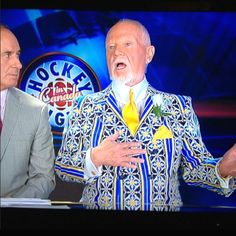 Don Cherry is the king of matching outfits with opinions. Hockey Boards, Cherry Cherry, Nhl Players, Toronto Maple Leafs, Sports Art, Best Player, Ice Hockey, Coaches, Matching Outfits
