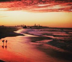 Not too shabby GC, Australia! You can thank Global Traveller @therealfadilov for this amazing view on your Insta feed! ・・・ Decent sunset and Gold Coast from a different angle 👌🏼. #sunset #pacific #goldcoast #currumbin #views #shadesofred #beach #beachlife #chillsesh #fadilovontour #bestlifeever