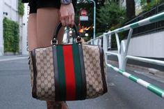 Brand:GUCCI  More photo at:  http://www.fashionsnap.com/streetsnap/2012-07-06/17362/#