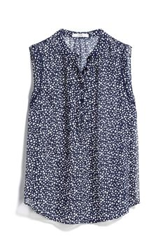 This Henley style works for me too. I like that the polka dots are smaller on this one. Stitch Fix ~ Fall 2017 Fall Fashion Trends, Autumn Fashion, Stitch Fix Fall, Stitch Fix Outfits, Shirt Blouses, Shirts, Stitch Fix Stylist, Dress To Impress, Style Me