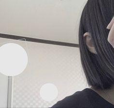 Girl Hiding Face, Japan Girl, Poses, Ulzzang Girl, Korean Girl, Short Hair Styles, Arch, Neon, Pretty