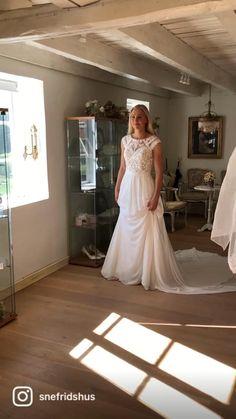 Vintage stil på www.snefridshus.no Lace Wedding, Wedding Dresses, Vintage, Design, Fashion, Bride Dresses, Moda, Bridal Gowns, Fashion Styles
