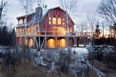 Interesting // Barn Raising: A Minneapolis Family's Vacation Home on Lake Superior - Midwest Home Magazine