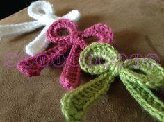Pattern: Crochet Applique Ribbon Bow