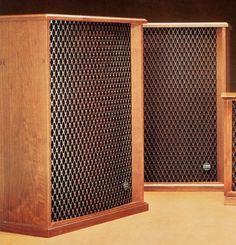 ALTEC LANSING MAGNIFICENT-II   1977 Audiophile Speakers, Hifi Audio, Stereo Speakers, Audio Design, Speaker Design, Altec Lansing, Horn Speakers, Electronics Companies, High End Audio