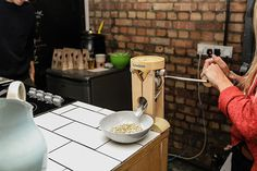 26 Grains pop-up shop showed commuters a delicious alternative to the standard breakfast cereal bowl. #breakfast #grains #cereal #porridge #popup #26grains #pop-up
