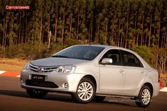 Toyota Etios Sedan XLS 1.5 2013 - Ficha técnica, equipamentos, fotos, preço
