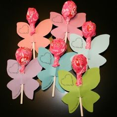 Valentine Day Butterfly Lollipops with free printables!