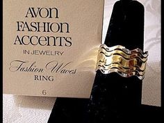Wavy Stack Rings Gold Silver Tone Vintage Size 6 #vintagejewelry #vintagerings #avonvintagejewelry #prettyjewelrythingsstore