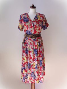 b305aae05a2 Vintage Dress - 1980s with Floral Print Size S
