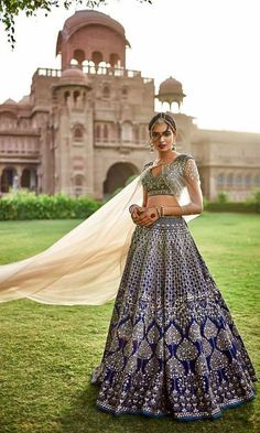 Ideas For Bridal Collection Indian Lehenga Choli Designer Bridal Lehenga, Indian Bridal Lehenga, Indian Bridal Wear, Indian Wedding Outfits, Bridal Outfits, Indian Outfits, Bridal Dresses, Eid Outfits, Eid Dresses