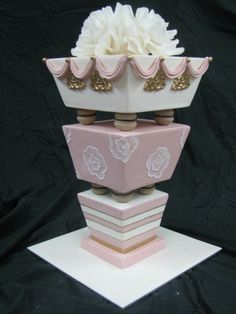 ♡ Pink #unique #wedding #Cake ... For wedding ideas, plus how to organise an entire wedding, within any budget ... https://itunes.apple.com/us/app/the-gold-wedding-planner/id498112599?ls=1=8 ♥ THE GOLD WEDDING PLANNER iPhone App ♥  For more wedding inspiration http://pinterest.com/groomsandbrides/boards/ photo pinned with love & light, to help you plan your wedding easily ♡