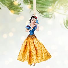 New in Box Disney Store 2016 Snow White Sketchbook Ornament Frocked in a glittering satin gown, our joyful Snow White ornament is the fairest in the land. Dress your holiday tree with this classic Disney dreamer from Snow White and the Seven. Disney Christmas Ornaments, Peanuts Christmas, Christmas Toys, White Christmas, Christmas Decorations, Magical Christmas, Christmas Stuff, Christmas Ideas, Disney Parks Store