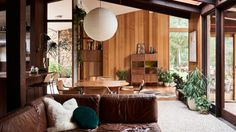 A Luscious Mid-Century Modern Retreat in the Australian Bush Mid Century Home Mid Century Modern Living Room Australian Bush Century Home Luscious Mid MidCentury Modern retreat Home Living Room, Living Room Furniture, Living Room Decor, Dining Room, Living Area, Living Spaces, The Design Files, Mid Century House, Style At Home