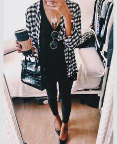 quiero una camisa larga blanca y negra!