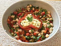 RECIPAY.COM - Salade aux haricots blancs, poivrons, Etorki