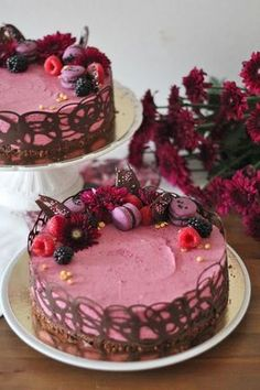 KakkuKatri: Mustaherukkajuustokakku Sweet Cakes, Cute Cakes, Yummy Cakes, Sweet Recipes, Cake Recipes, Just Eat It, Beautiful Cakes, No Bake Cake, Food To Make