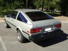 1980 Toyota Corolla Pictures: See 69 pics for 1980 Toyota Corolla. Browse interior and exterior photos for 1980 Toyota Corolla. Corolla Ke70, Toyota Corolla Hatchback, Tuner Cars, Jdm Cars, Toyota Cars, Toyota Celica, Japan Cars, Cars For Sale, Cool Cars
