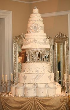 The most beautiful wedding cakes: big wedding cake ideas Elegant Wedding Cakes, Elegant Cakes, Beautiful Wedding Cakes, Gorgeous Cakes, Wedding Cake Designs, Pretty Cakes, Amazing Cakes, Dream Wedding, Wedding Ideas