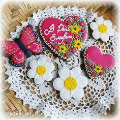 Набор имбирных пряников к 8 марта #имбирныепряники #имбирноепеченье #краснодарский #имбирноепеченье#печенье#подарок #ручнаяработа #расписныепряники #cookies #decoratedcookies #icing #royalicing
