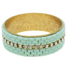 Tutorial - How to: The Laura Bangle with CzechMates 2-Hole Beads | Beadaholique